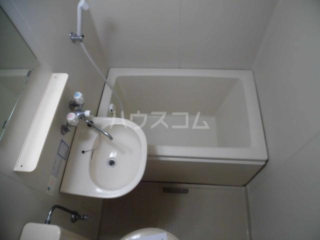 コム・トーコー 102号室の風呂