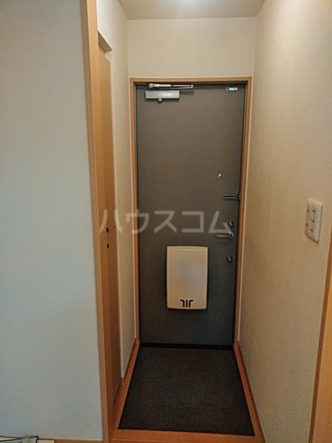 アビターレS 103号室の玄関