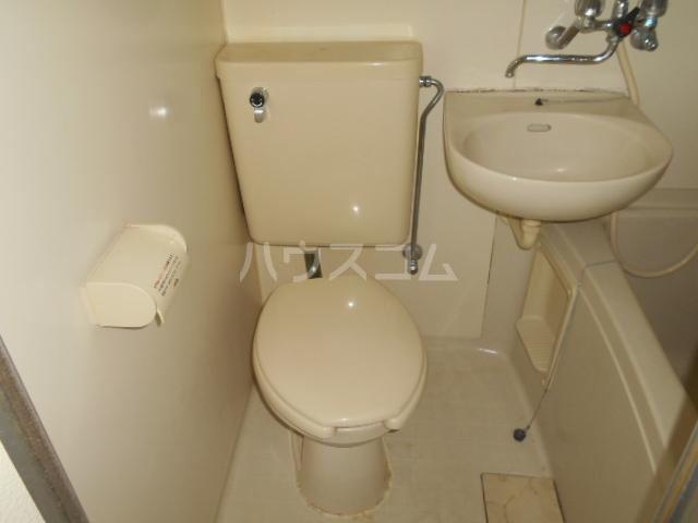 シルクハウス 101号室のトイレ