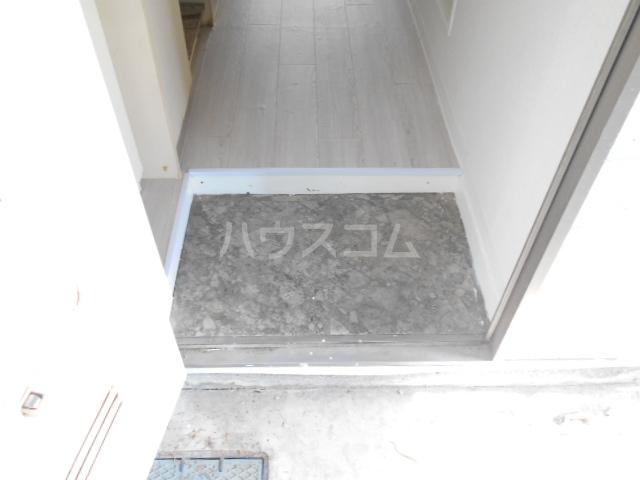 シルクハウス 101号室の玄関