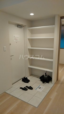 EXAM SANGENJAYAⅡ 102号室の玄関