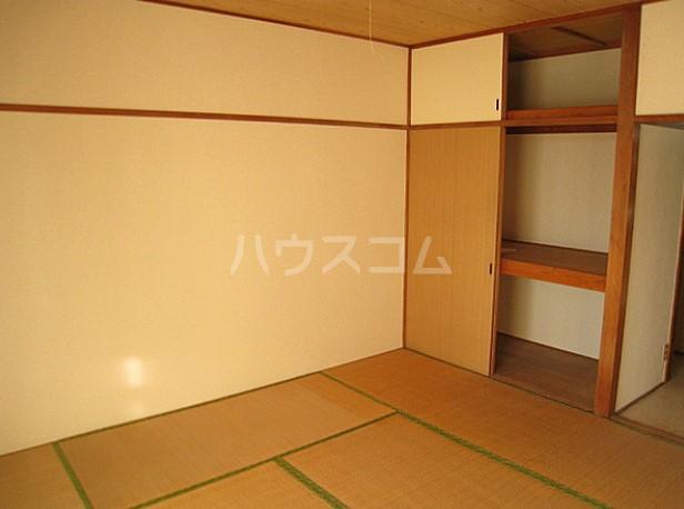 コーポもちの木 103号室のベッドルーム