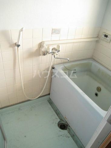 コーポもちの木 103号室の風呂