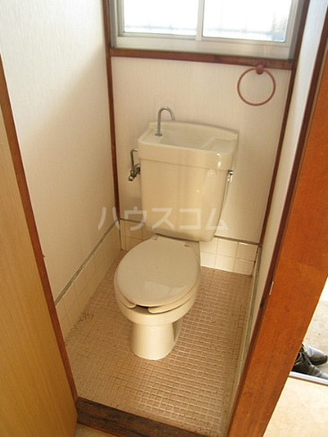 コーポもちの木 103号室のトイレ