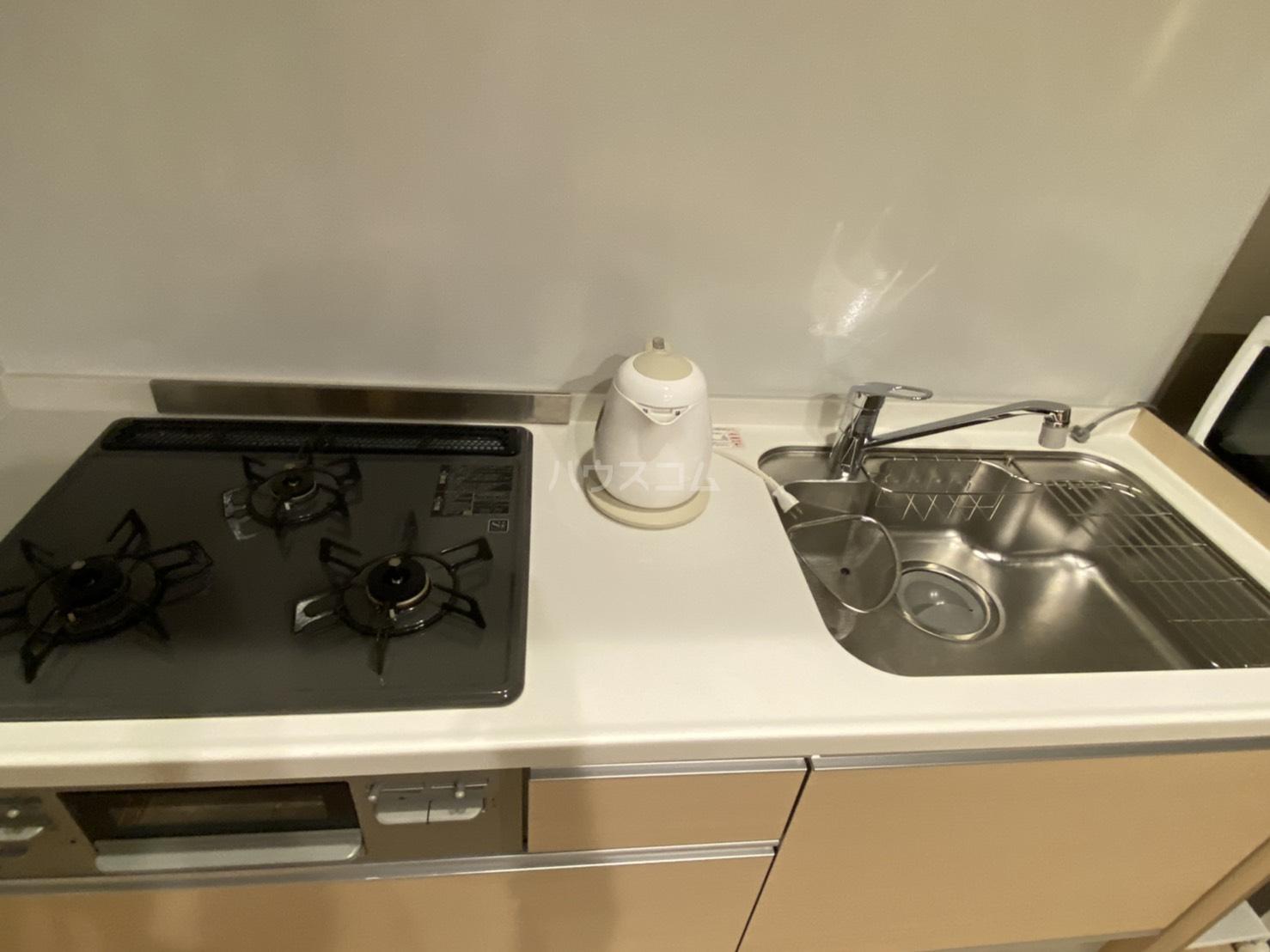 サンライズ西ノ京 401号室のキッチン