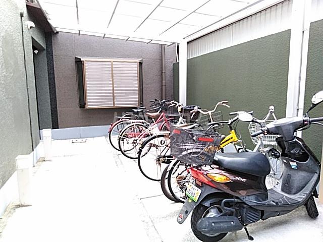 プラットホーム総持寺駅前 107号室のその他