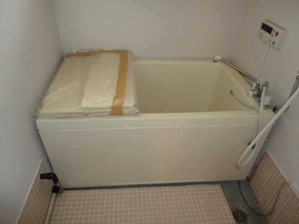 柏原農住団地K棟 107号室の風呂