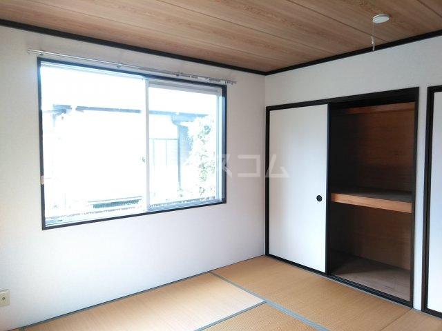 JAプレミール 102号室のベッドルーム