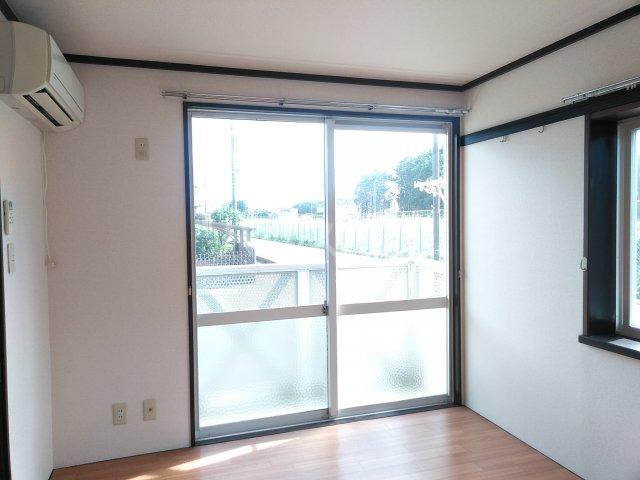 JAプレミール 102号室の居室