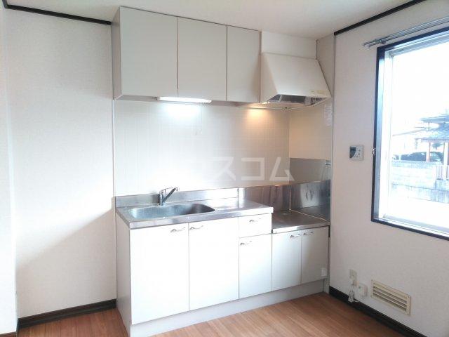JAプレミール 102号室のキッチン