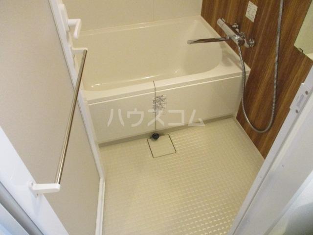 HTセタアベニュー 109号室の風呂