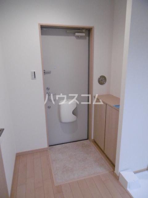 リガヤ北松戸 104号室の玄関