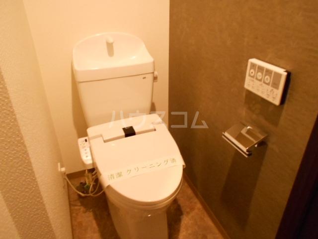 レジデンシャルスター府中 1101号室の洗面所