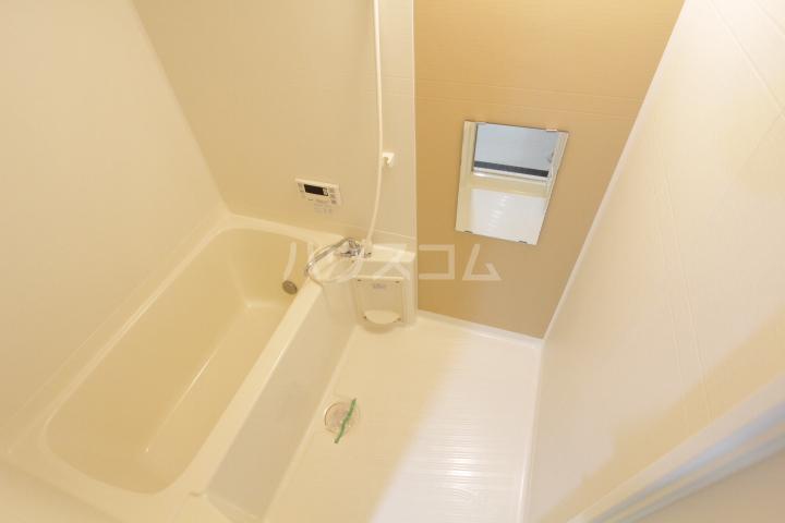 Sun Up Royal浄水Ⅲ 203号室の風呂
