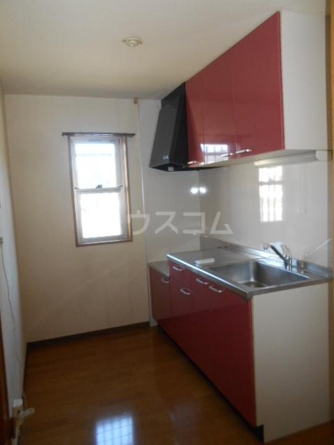 スマイルズ 103号室のキッチン