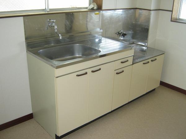 ニワハイツ 301号室のキッチン