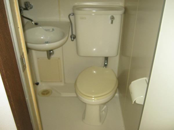 ニワハイツ 301号室の洗面所
