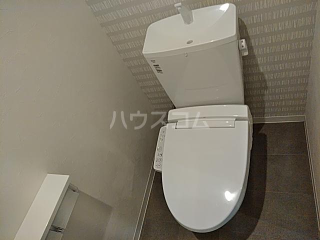 アストリア 403号室のトイレ