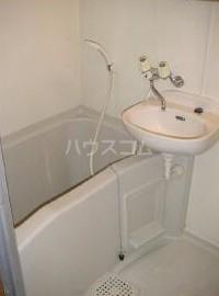 リトルアイランドA棟 210号室の風呂