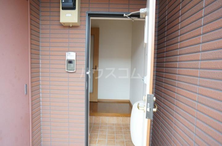 ミニョン723B 01030号室の玄関