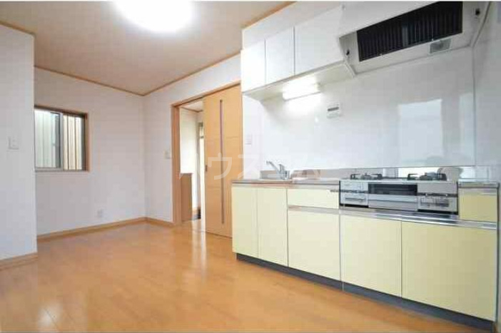 八景マリンハイツ 101号室のキッチン