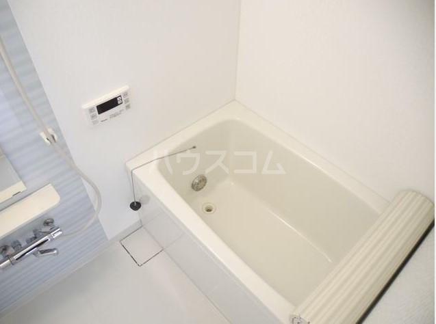 サンプラザ港南台 501号室の風呂