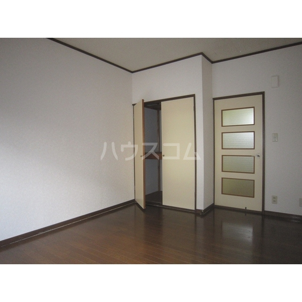 トサキハイツⅠ 105号室のリビング