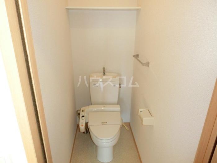 グランドソレイユ B 202号室のトイレ