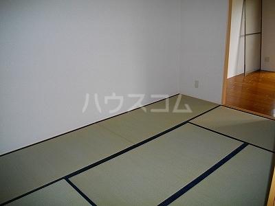 ファミーユ 4A号室のベッドルーム