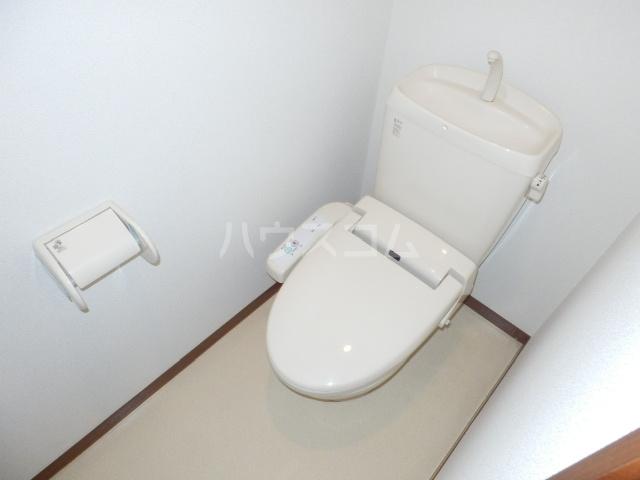 シャーメゾン湘南 101号室のトイレ