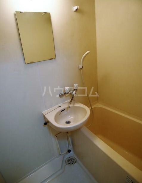 リバティヒル片倉 102号室の風呂