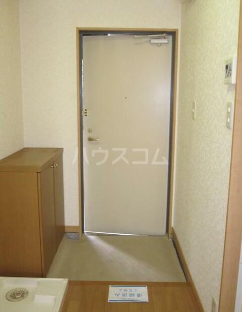 リバティヒル片倉 102号室の玄関