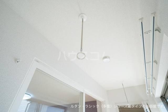メゾン ド エスポワール 02020号室のバルコニー