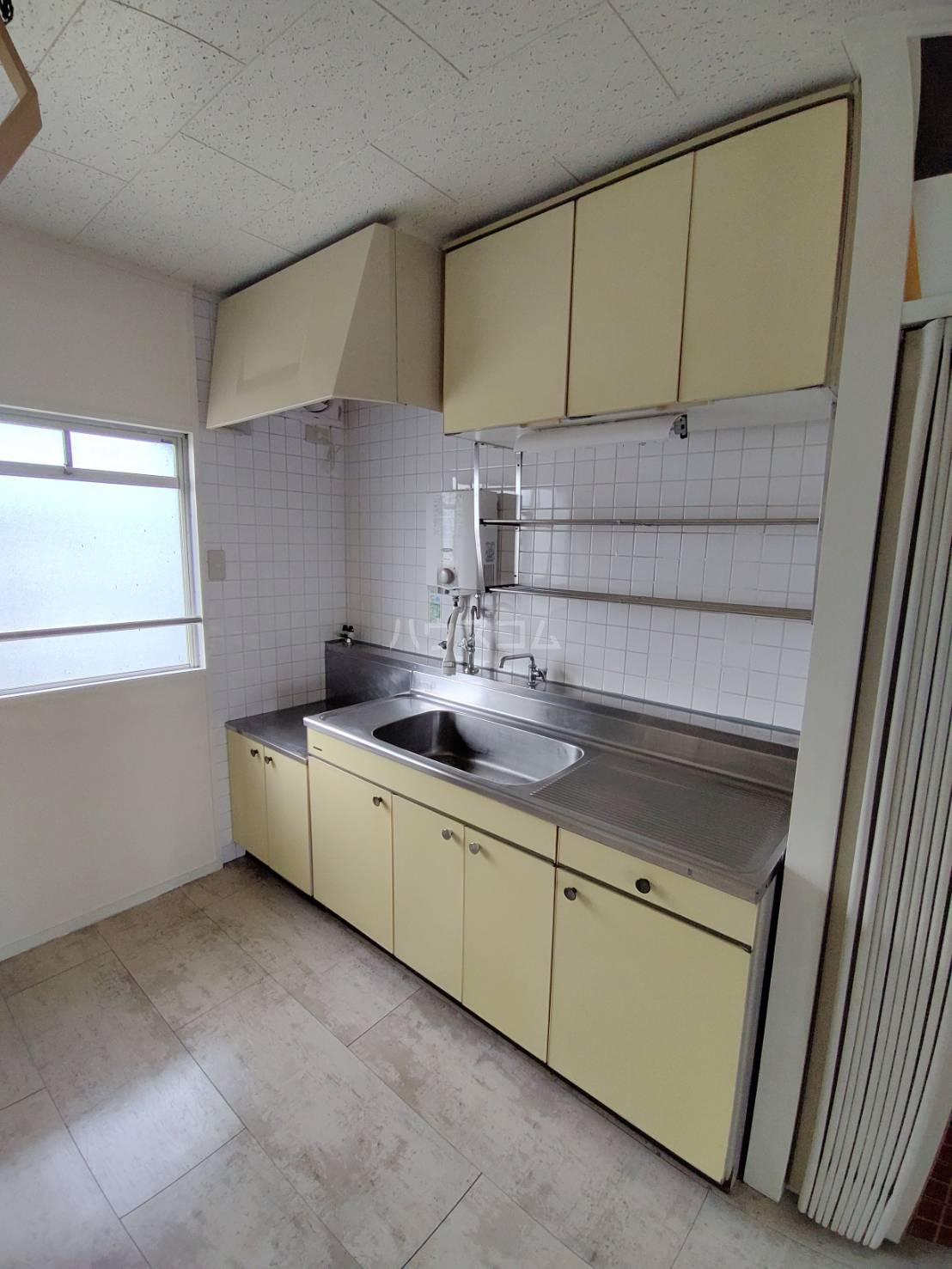 パビリオン豊橋A 303号室のキッチン