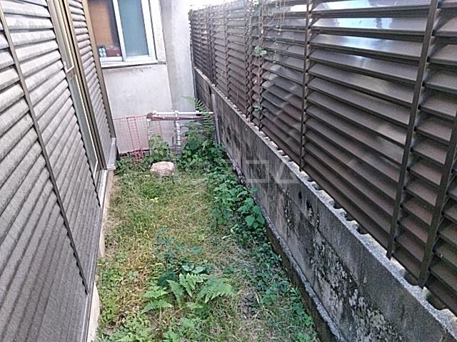宮元町戸建ての庭