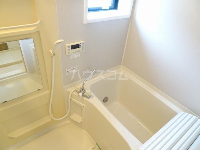 ラ・プランタン A 101号室の風呂