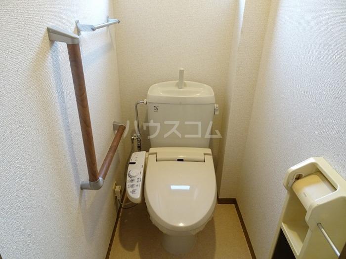 ラ・プランタン A 101号室のトイレ