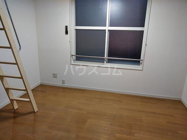 サンウッドグリーン第2 103号室のリビング