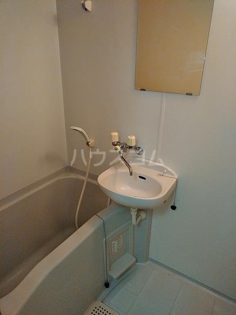 サンウッドグリーン第2 103号室の風呂