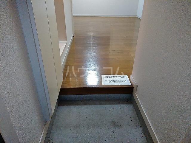 サンウッドグリーン第2 103号室の玄関