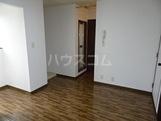 グリーンガーデン南 202号室のリビング