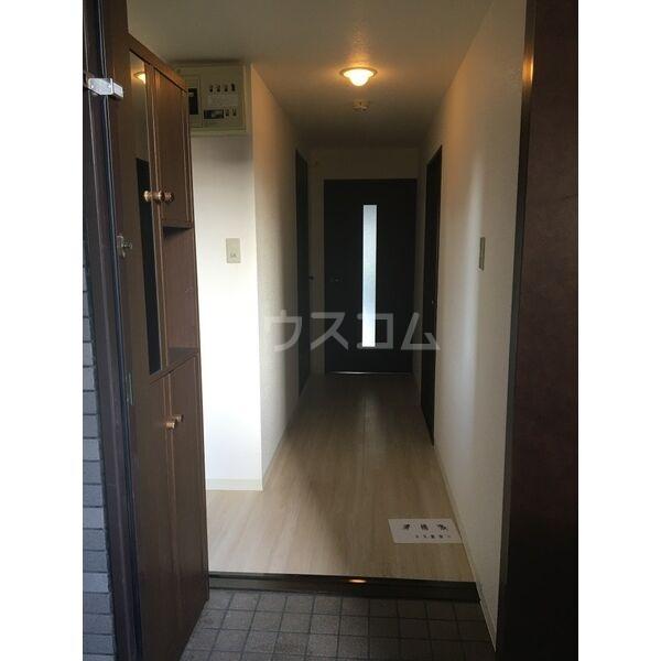 松重スカイマンション3の玄関