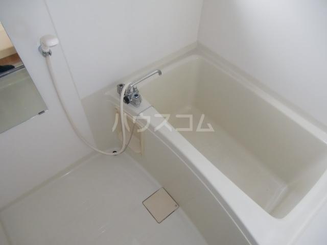 T-ハイム 103号室の風呂