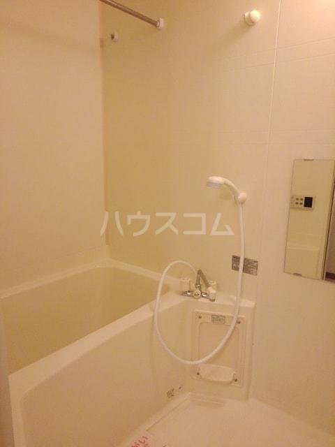 セルヴィールB 01020号室の風呂