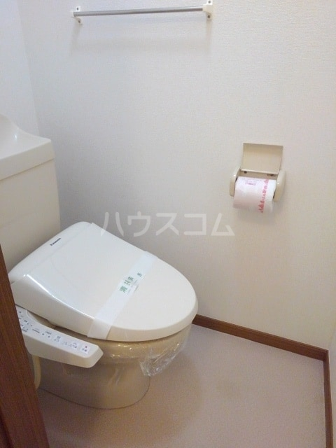 セルヴィールB 01020号室のトイレ