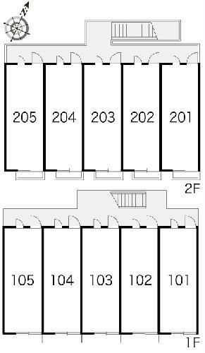 レオパレス沙羅 103号室の駐車場