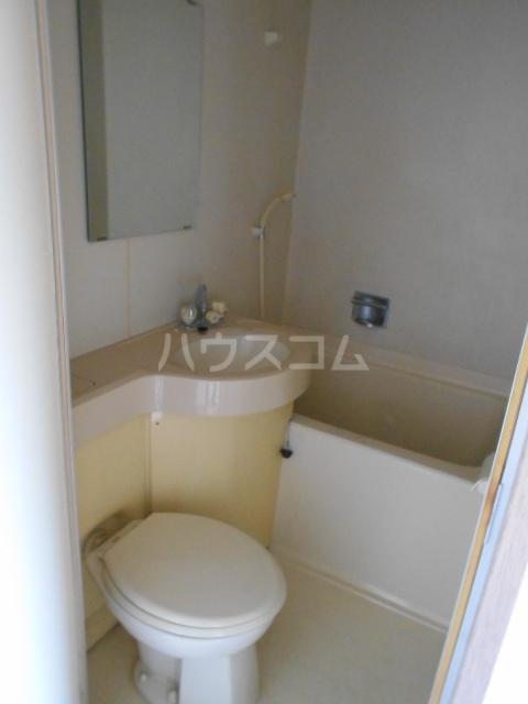 岡部グリーン 203号室の風呂