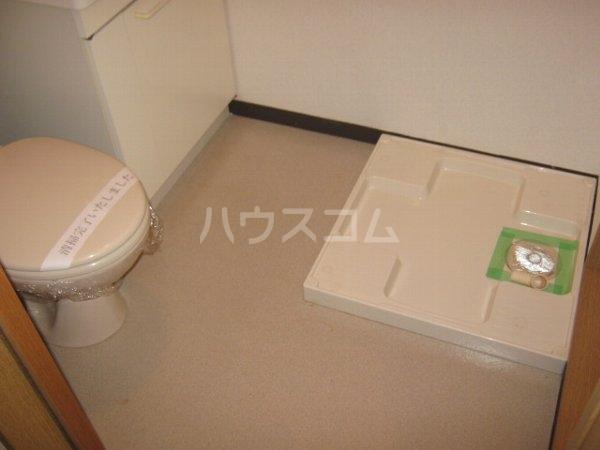 リブレア中部大学 A203号室のトイレ