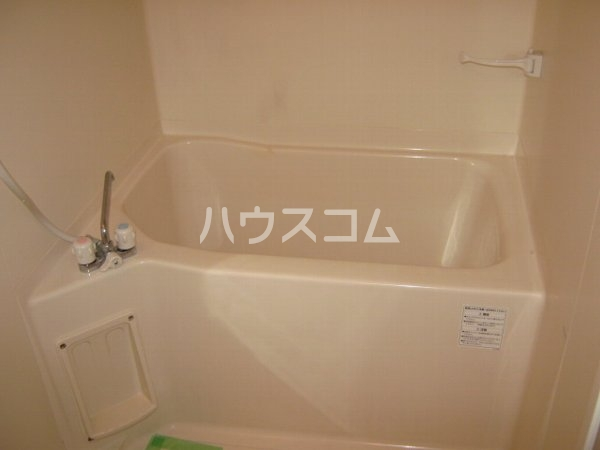 リブレア中部大学 A203号室の風呂