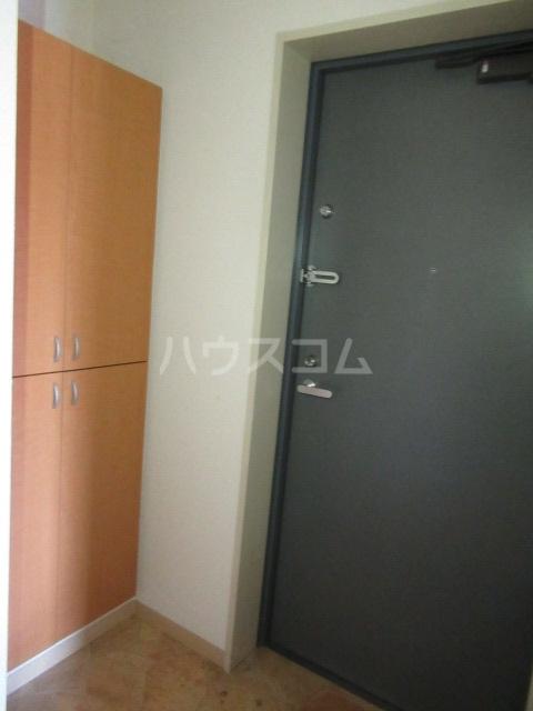 CLAIR 201号室の玄関